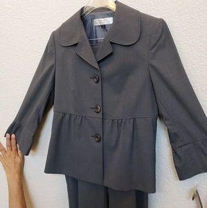 Women's 2-PC Pantsuit